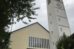 Altbach_ZumHeiligenKreuz_Kirche1