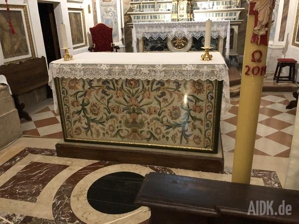 Assisi_ChiesaNuova_Altar