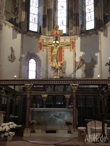 Assisi_SantaChiara_Kreuz1