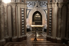 Assisi_SantaChiara_Kirche10