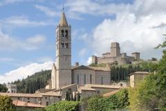 Assisi_SantaChiara_Kirche13