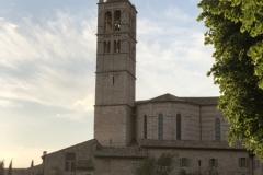 Assisi_SantaChiara_Kirche2