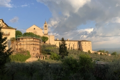 Assisi_SantaChiara_Kirche6