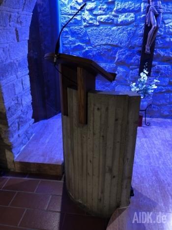 Assisi_SanElisabettaHauskapelle_Ambo