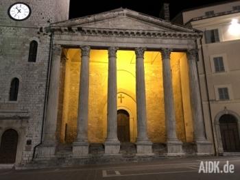 Assisi_SantaMariaSopraMinerva_Kirche1
