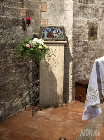 Assisi_SanStefano_Tabernakel1