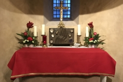 Fulda_StMichael_Altar_Kreuz_Tabernakel