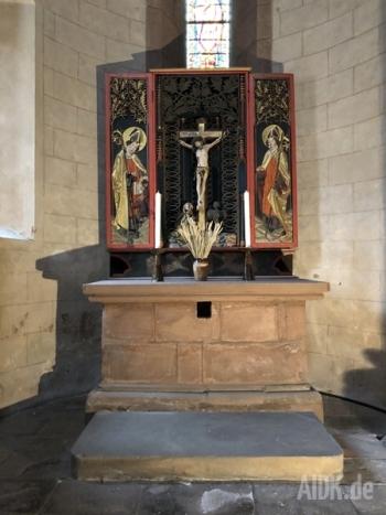 Gelnhausen_Marienkirche_Altar4