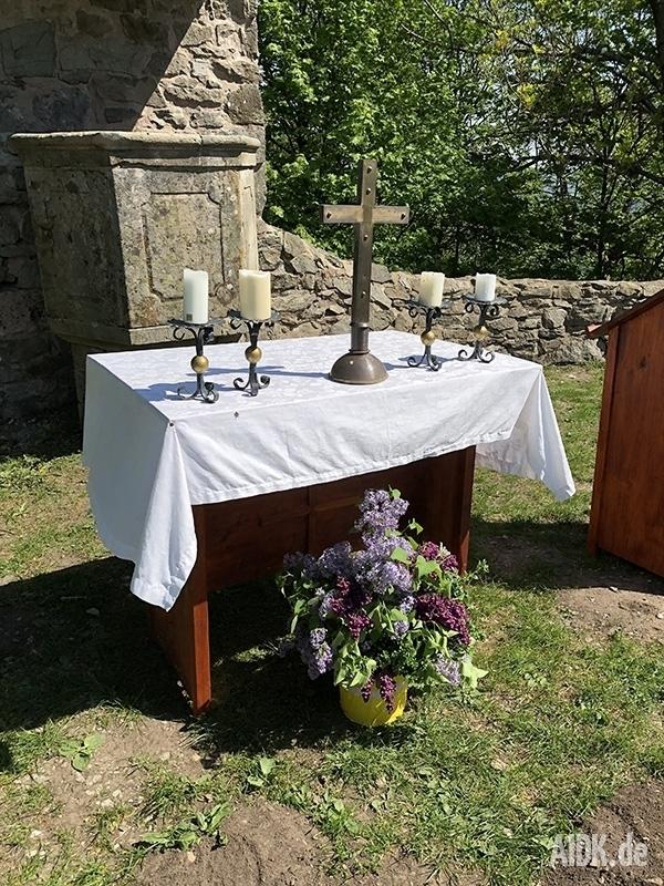 Kleinsassen_GangolfskapellePlatz_Altar