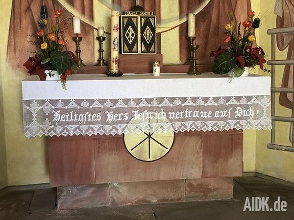 Kleinsassen_Gangolfskapelle_Altar