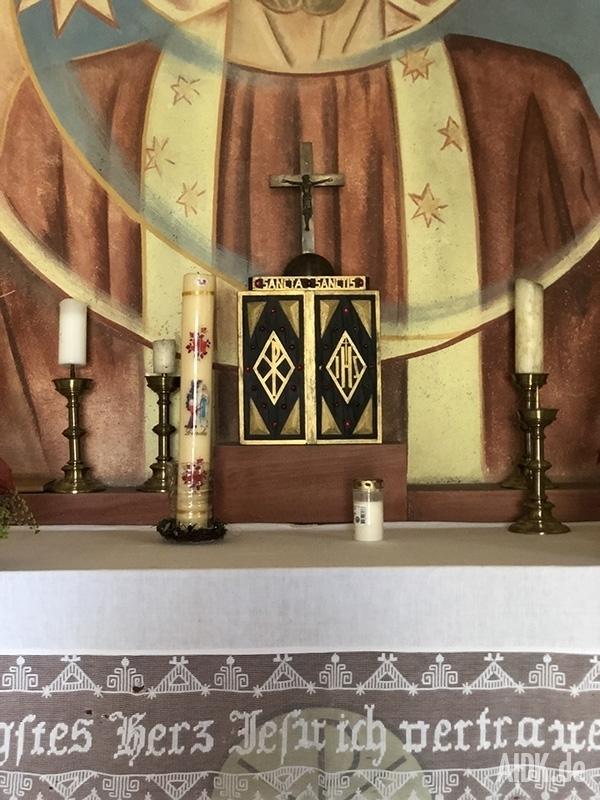 Kleinsassen_Gangolfskapelle_Tabernakel