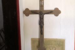 Kleinsassen_Gangolfskapelle_Kreuz