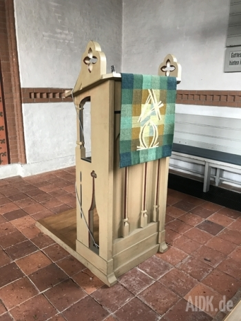 Langeoog_Inselkirche_Ambo