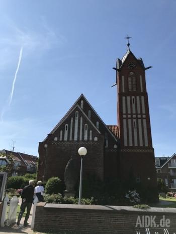 Langeoog_Inselkirche_Kirche1