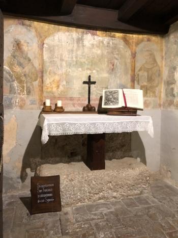 MonteLuco_Einsiedelei_Altar