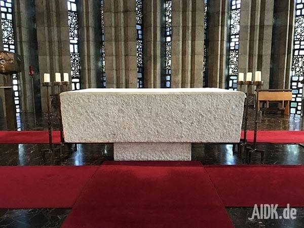 Rottenburg_MariaKoenigin_Altar
