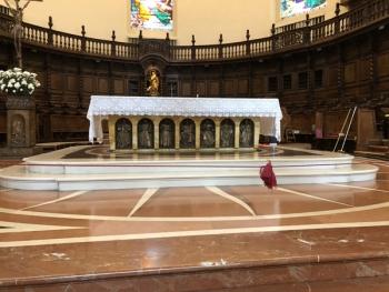 SantaMariaDegliAngeli_Portiuncula_Altar