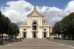 SantaMariaDegliAngeli_Portiuncula_Kirche1