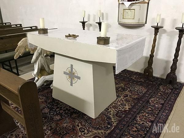 Schoental_Kapelle_Altar