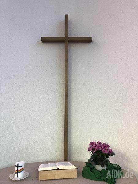 SchwaebischHall_Autobahnkapelle_Christophorus_Kreuz