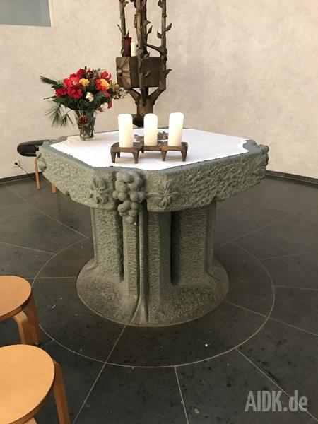 Stuttgart_AMGKapelle_Altar1
