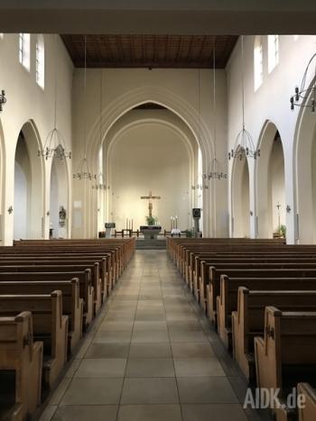 Stuttgart_StNikolaus_Kirche1