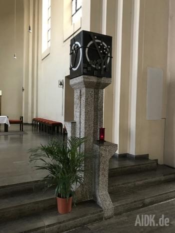 Stuttgart_StNikolaus_Tabernakel