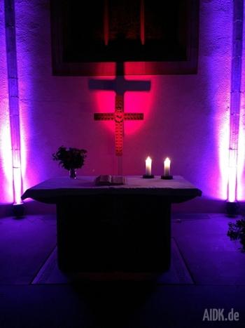 Stuttgart_Stiftskirche_Altar4