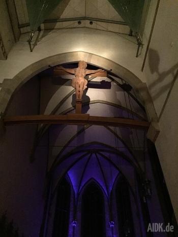 Stuttgart_Stiftskirche_Kreuz