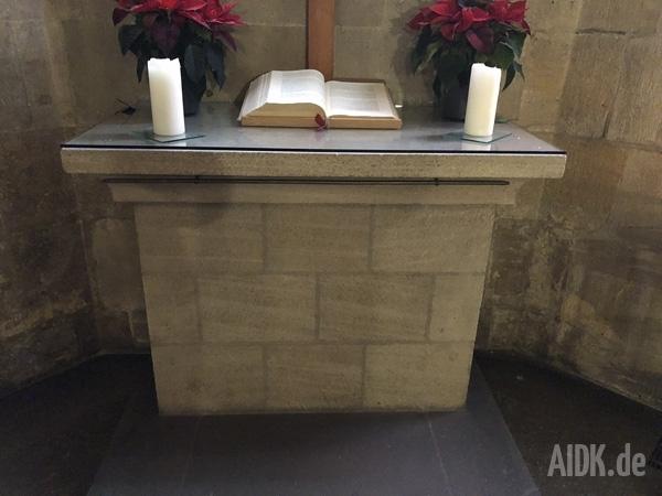 Tuebingen_StGeorg_Altar2