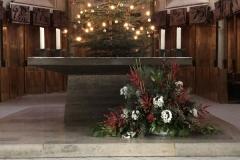 Tuebingen_StJohannesEvangelist_Altar1