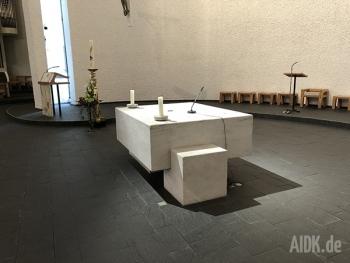 Untermarchtal_Vinzenzkirche_Altar2