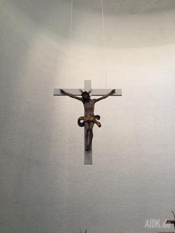 Untermarchtal_Vinzenzkirche_Kreuz