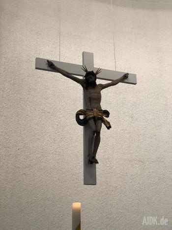 Untermarchtal_Vinzenzkirche_Kreuz2