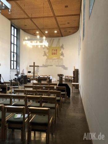 Wernau_MariaKoeniginKapelle_Kirche3